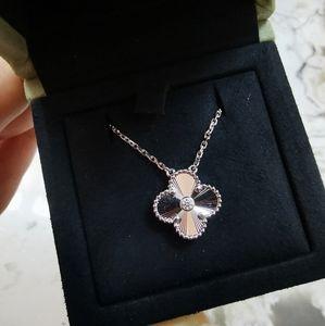 VCA 2020 White Gold Guilloche Diamond Necklace